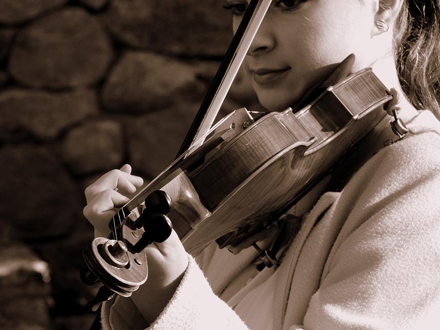 epauliere en place sur violoniste